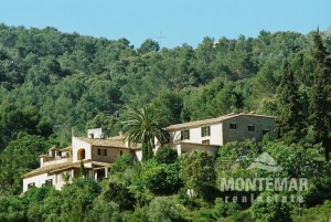 Esporles - Mansion / Rustic Hotel - a property with a variety of possible uses