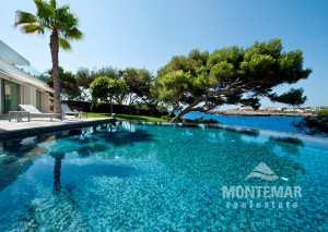 Cala d'Or - Luxury villa in first line