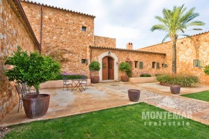 Santa Maria - Fantastic Estate with beautiful garden