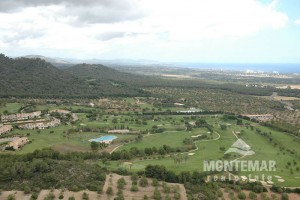 S'Horta - Building plot right at the golf course Vall D'Or