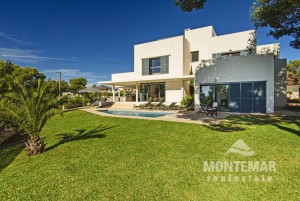Villa with fantastic views - Porto Petro