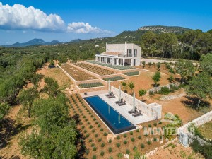 New project with panoramic views between Santanyi and Cas Concos
