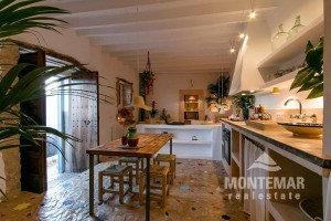 Alaro - Charming renovated town house for sale