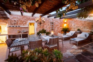 Cosy renovated Townhouse in Es Llombards