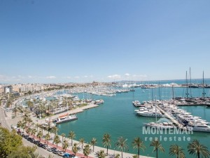 Luxury apartment on the port promenade of Palma de Mallorca