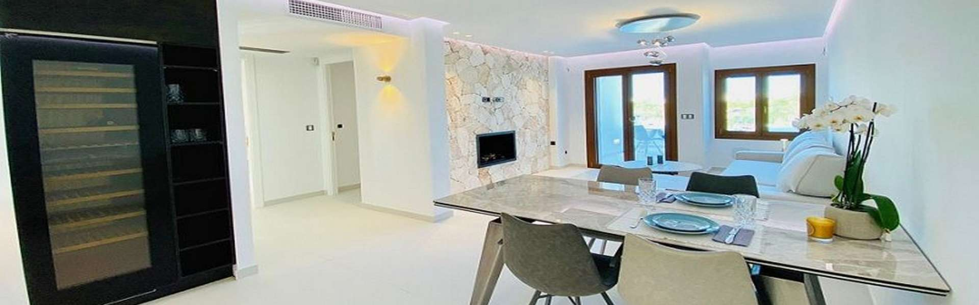 Luxury apartment in first sea line at the marina of Cala d'Or