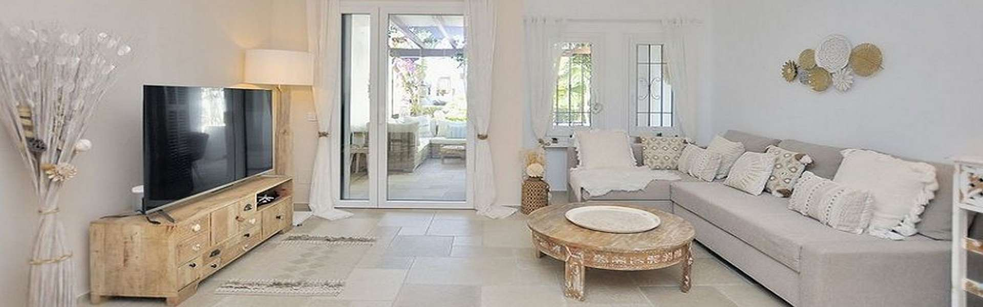 Modern and elegant first floor apartment in Cala d'Or