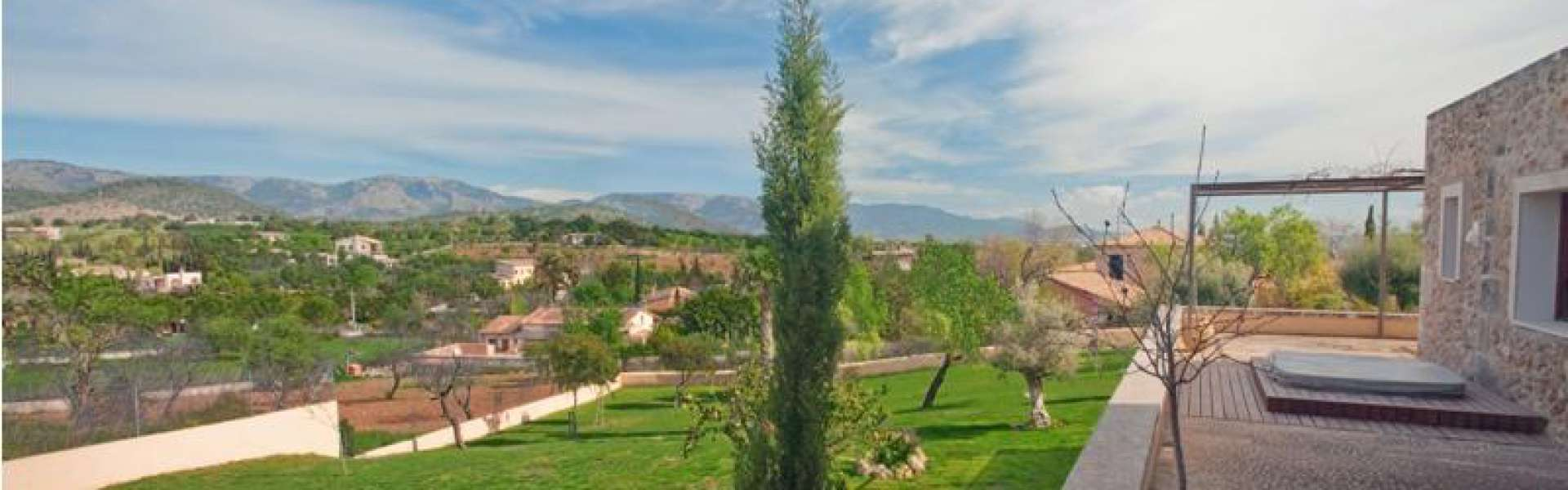 Establiments - Traditional finca for sale