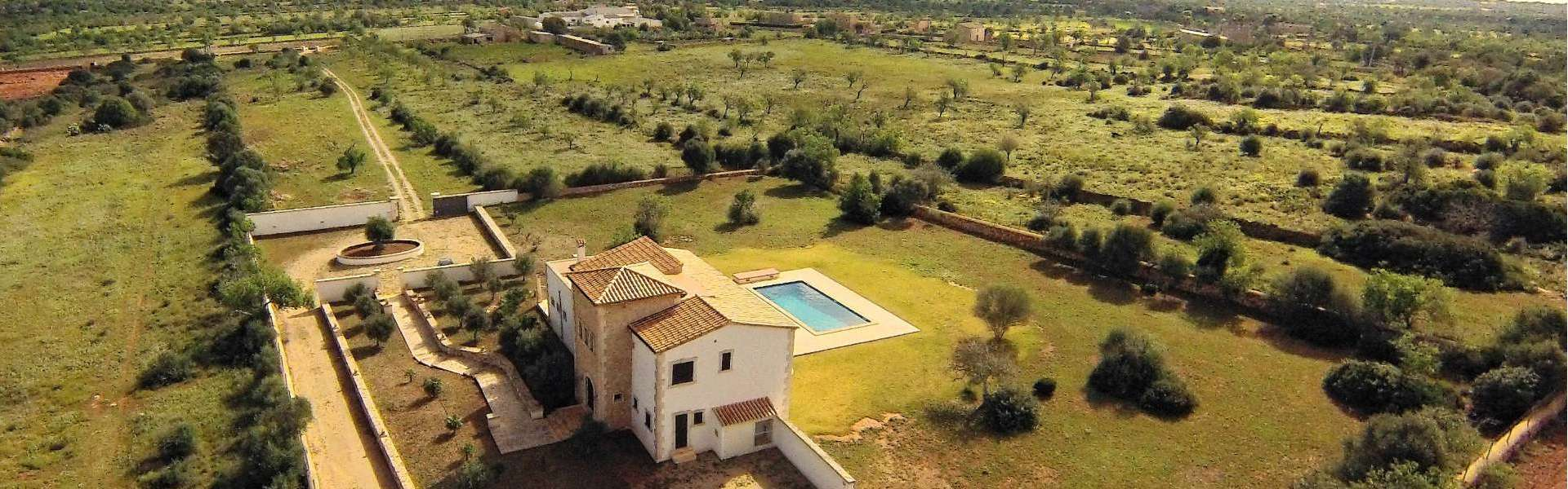 Es Llombards - New finca for sale
