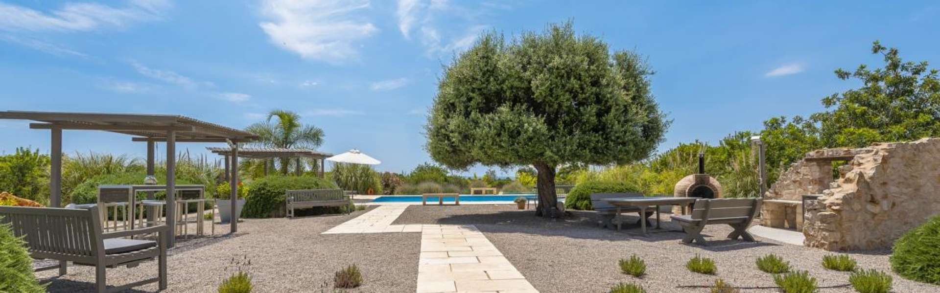 Portocolom - Elegant country house with sea views