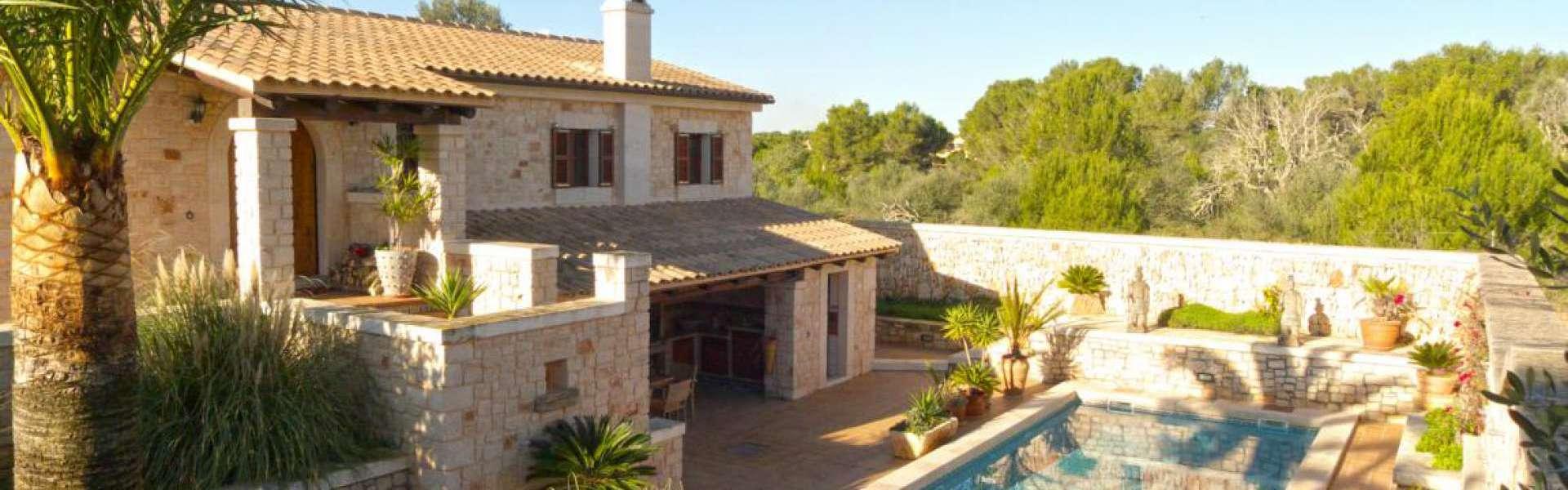 Cala Santanyi - Charming finca property in beautiful location
