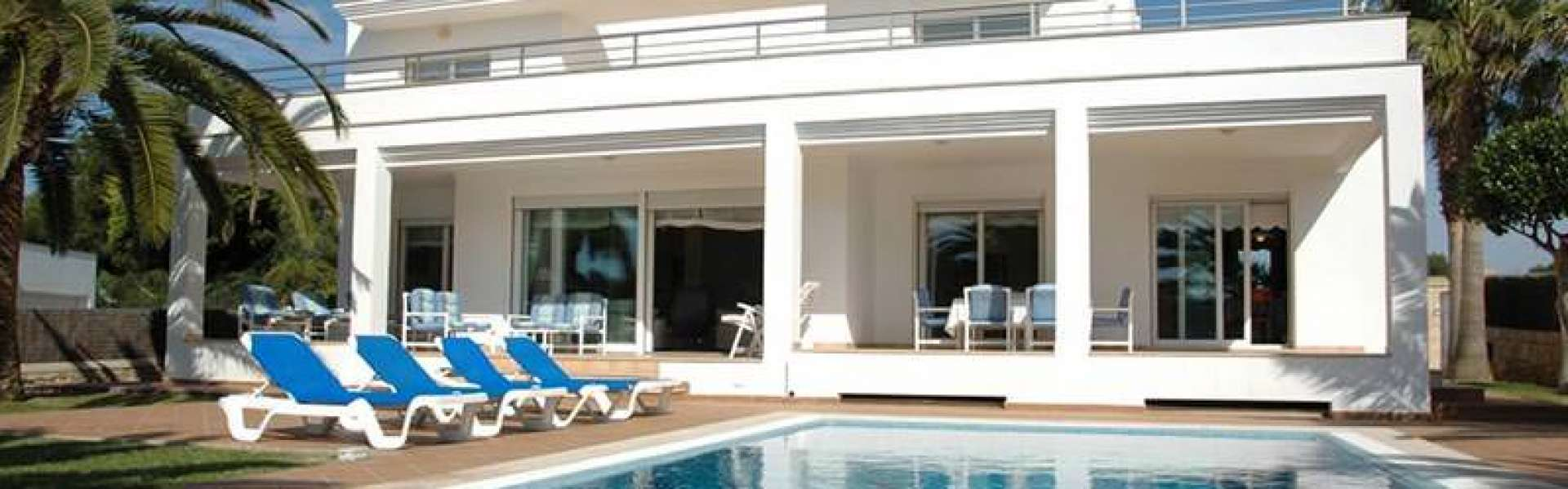 Villa in Porto Petro for Sale