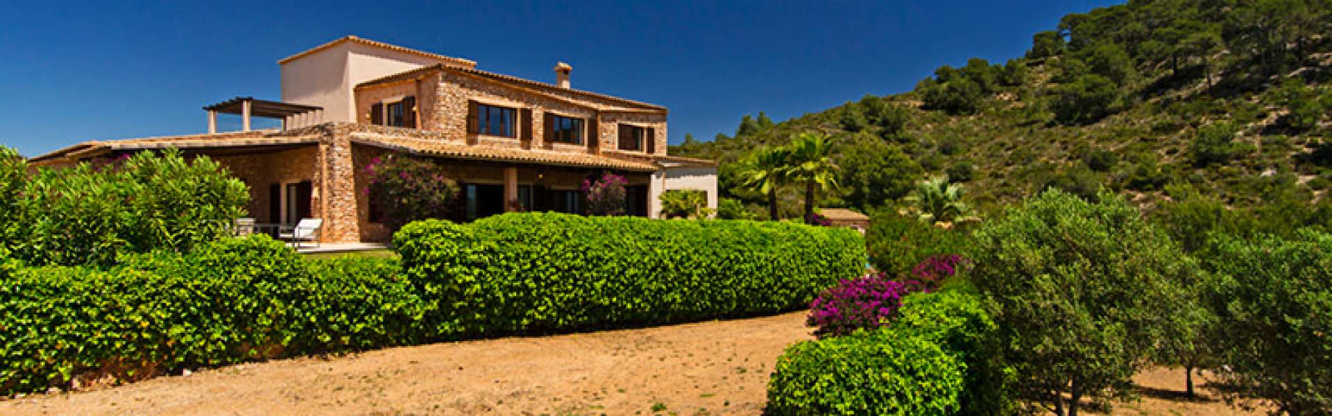 Porto Colom - Country Estate at the Golf Course Vall d'Or with spectacular seaviews