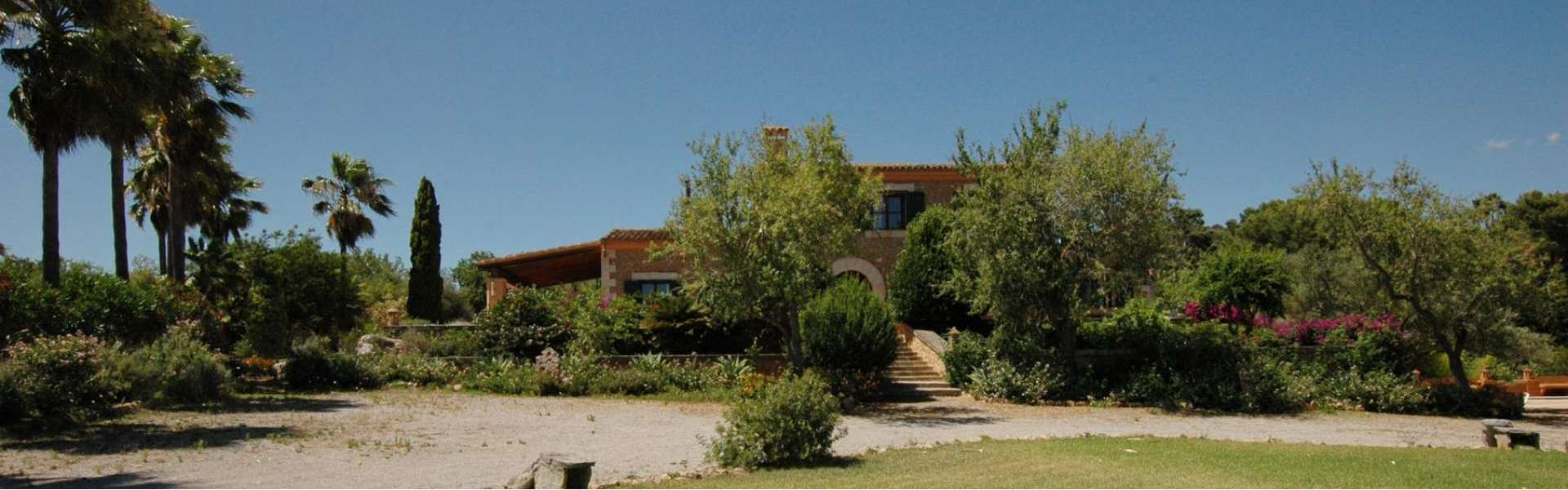 Country house close to Alqueria Blanca