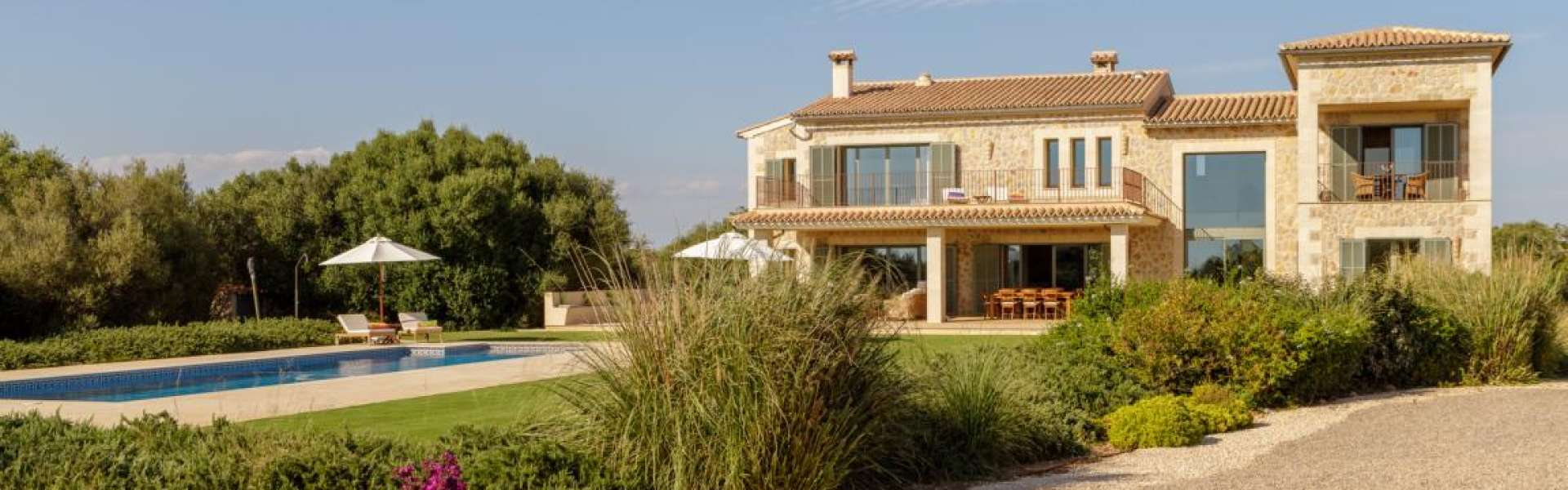 Spacious new country home in Ses Salines