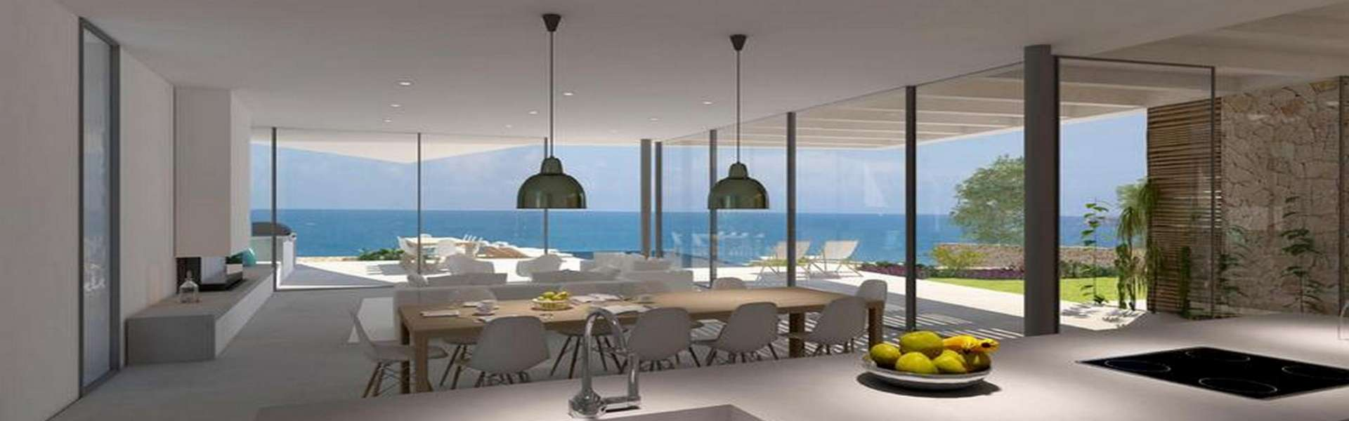 Cala d'Or - plot with building permit in first sea line