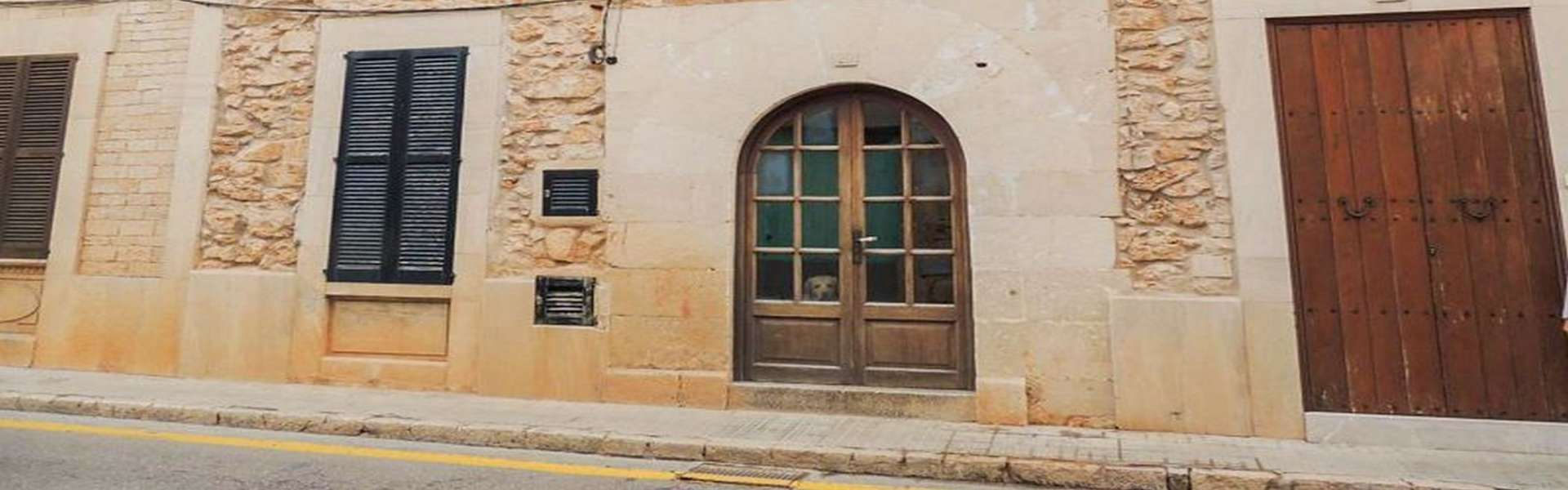 Townhouse with patio in Santanyí for sale