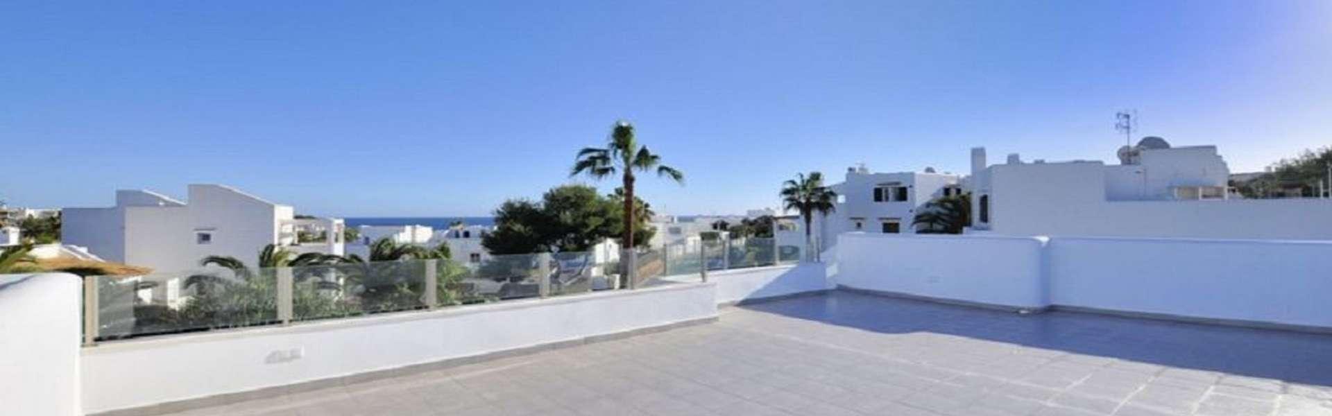 Se vende chalet moderno con vistas al mar en Cala d'Or