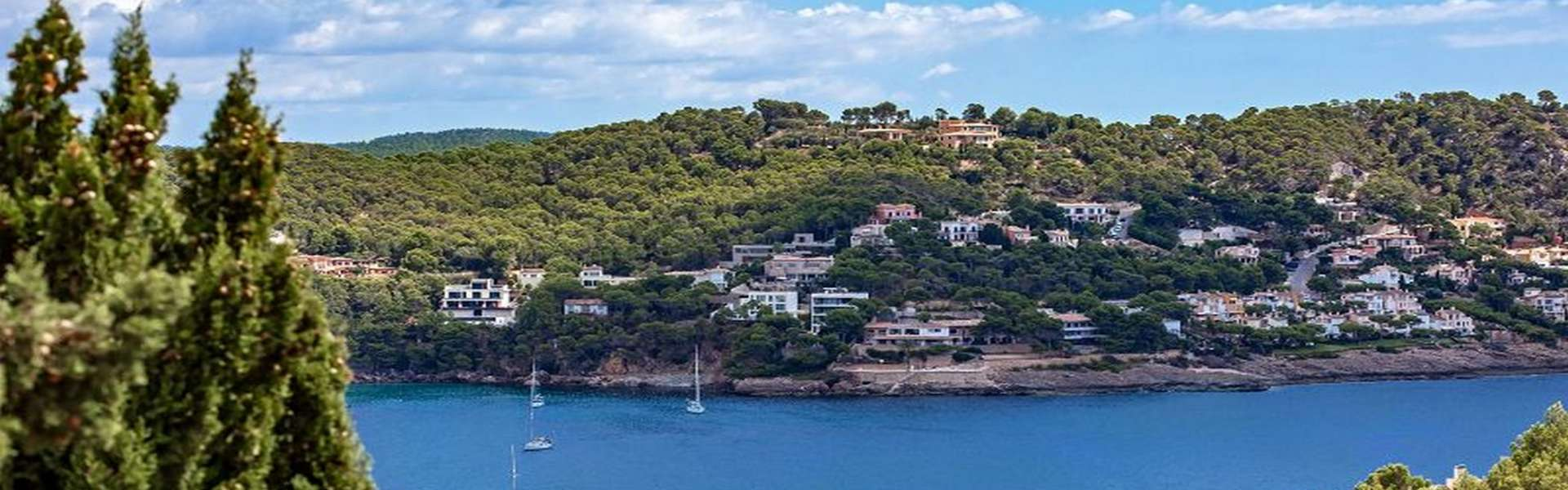 Camp de Mar - country typical, elegant natural stone country house with fantastic sea view