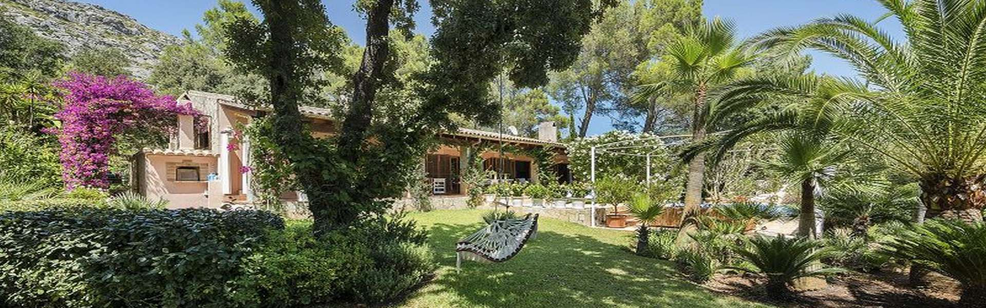 Pollensa - Charming villa in exclusive residential area